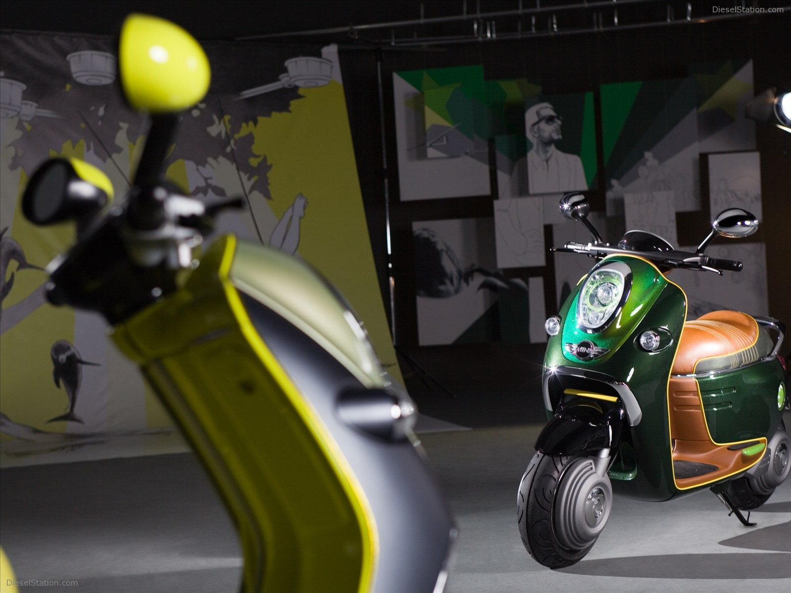 Mini-E-Scooter-Concept-2011-12