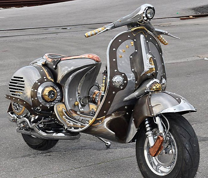 Postavi sliku i zatrazi sledecu Guardian-astonishing-steampunk-vespa-by-pulsar-projects-photo-gallery-medium_7