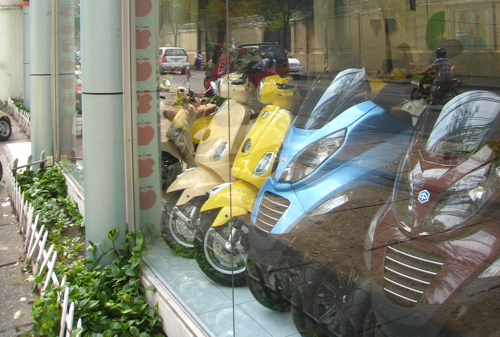 Piaggio Group Recalls 2,600 Vespas For Faulty Fuel Pumps
