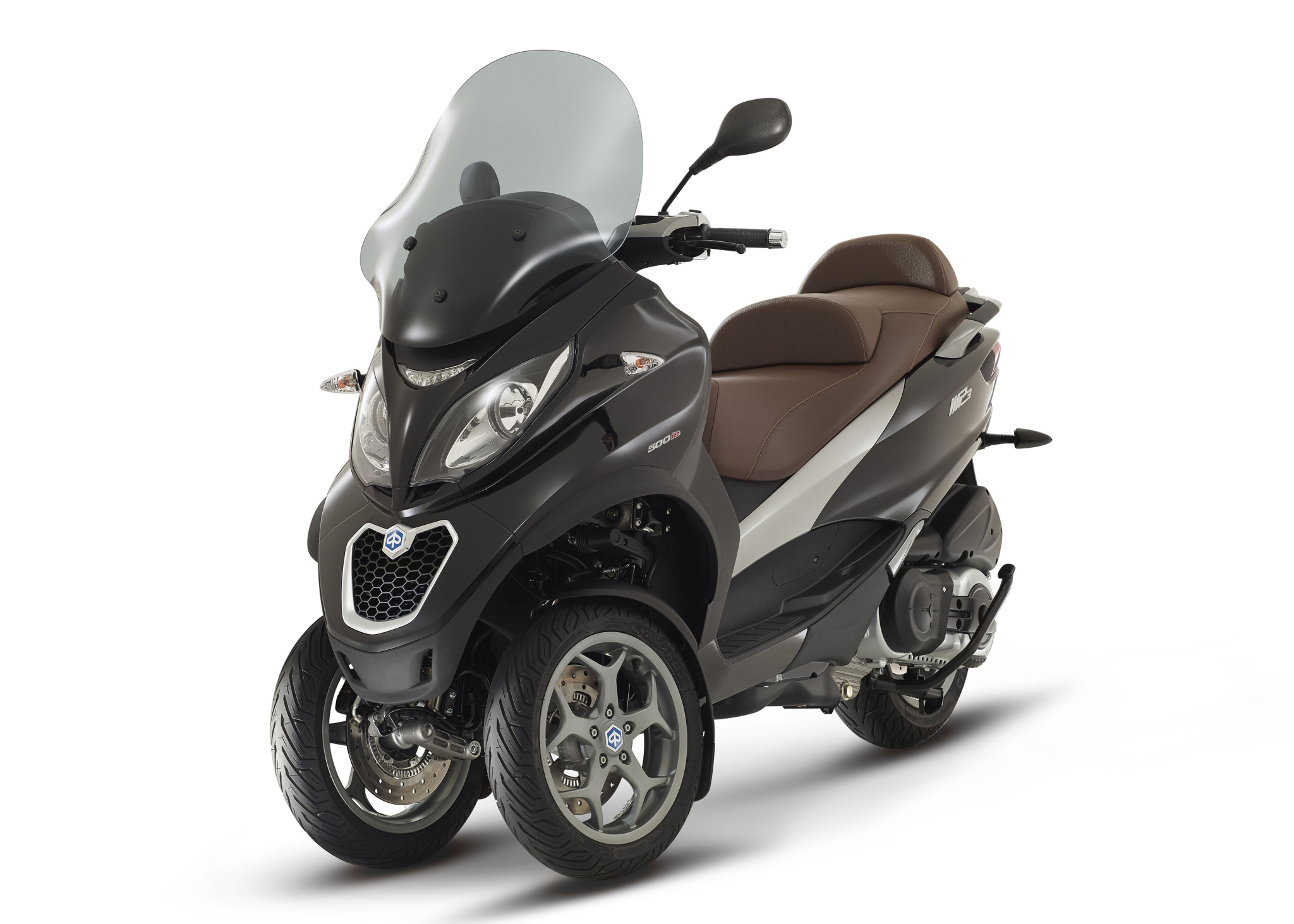 2015-piaggio-mp3-500-3-wheeled-scooter-is-here-photo-galleryvideo_5