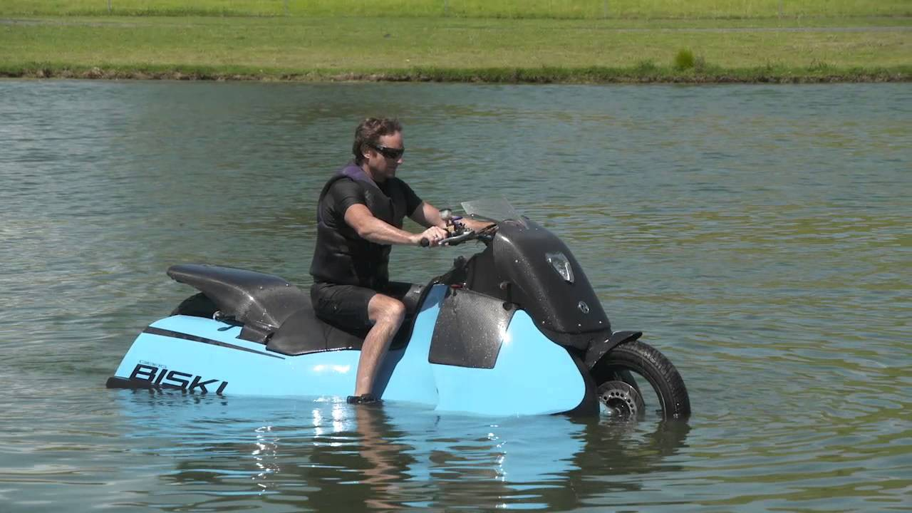 This 500 Lb Amphibious Scooter May Be The Strangest Ever
