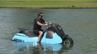 """500 Pound Amphibious """"Scooter"""" May be the Most Frightening Ever Built"""